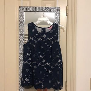Lily Pulitzer Lacey top!